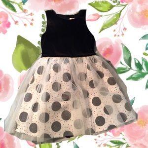 Girls party dress 🎉 🎈 🎊